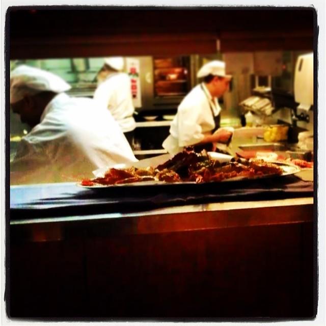 Mat i luckan på Botafumeiro, fisk- och skaldjurspalats i Barcelona